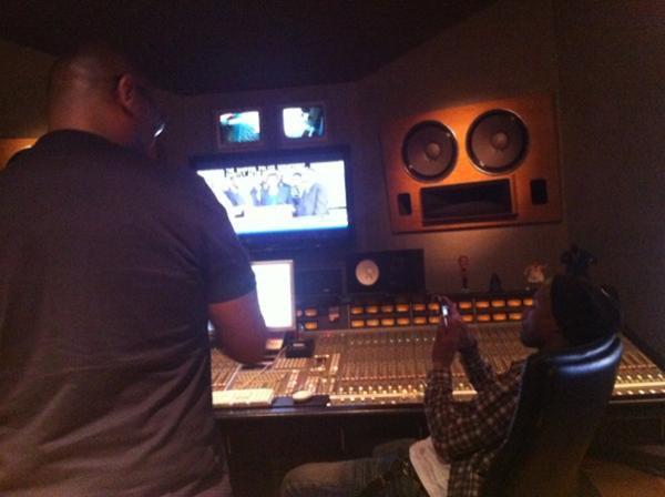 Pharrell en studio avec Hamilton Park - Avril 2012