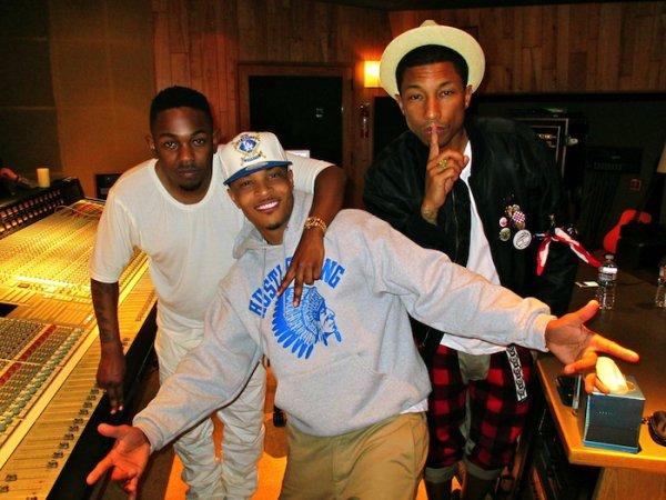 Pharrell en studio avec ... -  Los Angeles - 12 mars 2013