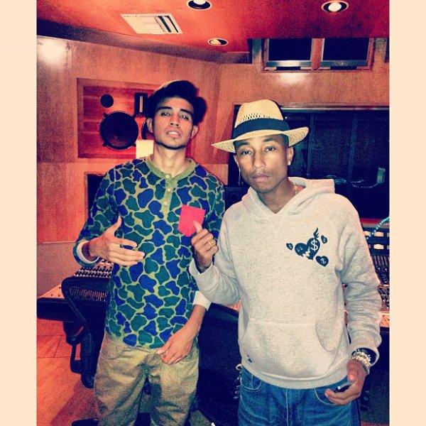 Pharrell en studio avec ... - 26 août 2013