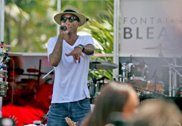 Pharrell & Robin Thicke - Live Fontainebleau - Miami, FL - 1er septembre 2013