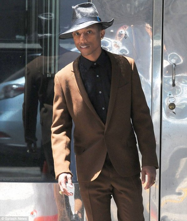 Pharrell - Tournage pour le Saturday Night Live - Los Angeles - 8 mai 2014