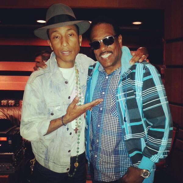 Pharrell en studio avec ... - Juin 2014
