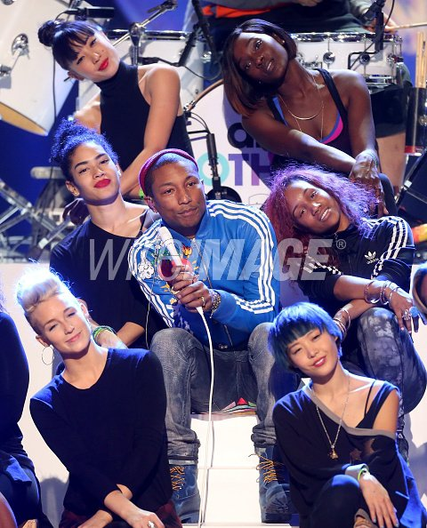 Pharrell & The Baes - A Very GRAMMY Christmas (Répétitions) - Los Angeles - 17 novembre 2014