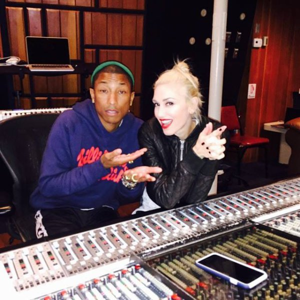 Pharrell en studio avec... - Los Angeles - 30 novembre 2014