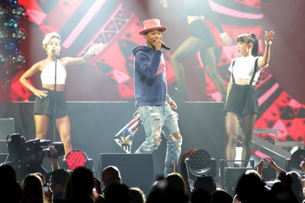 Pharrell and The Baes - Y100's Jingle Ball - Miami, FL - 21 décembre 2014
