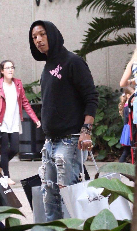 Pharrell - Shopping à Miami - 26 décembre 2014