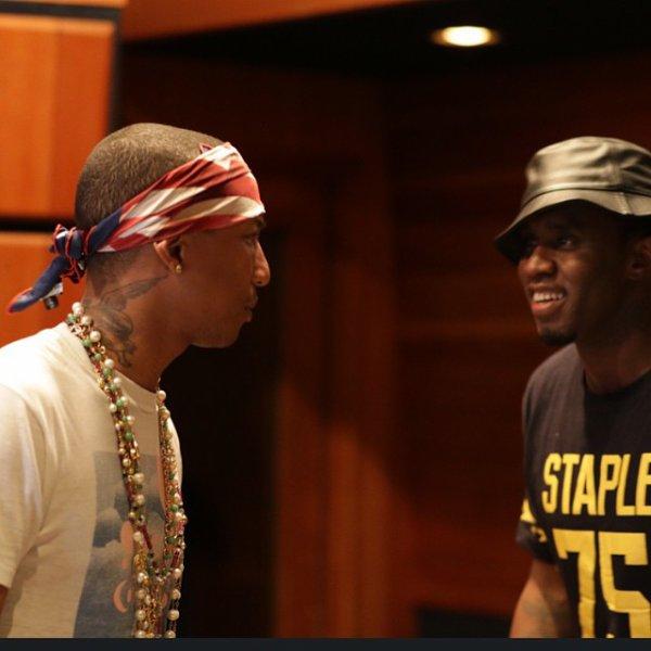 Pharrell en studio avec ... - Janvier 2015