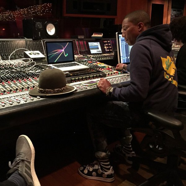 Pharrell en studio - Los Angeles - 14 janvier 2015