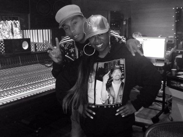 Pharrell en studio avec... - 26 février 2015