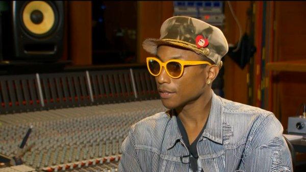 Pharrell interviewé par Fantástico