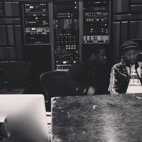 Pharrell en studio avec... - 12 mars 2015
