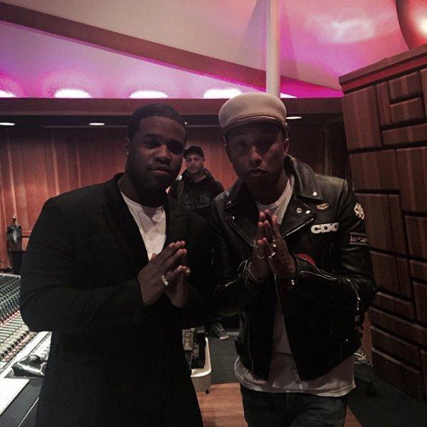 Pharrell en studio avec... - 13 mars 2015