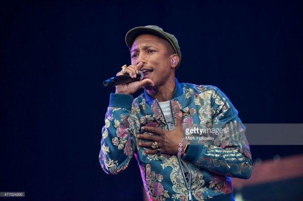 Pharrell & The Baes - Dear G  I  R  L Tour 2.0 - Isle of Wight Festival - 13 juin 2015