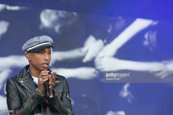 Pharrell & The Baes - Dear G  I  R  L Tour 2.0 - Croke Park - Dublin, Irlande - 20 juin 2015