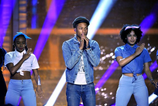 Pharrell & The Baes - 2016 Breakthrough Prize Ceremony - Moutain View - 8 novembre 2015