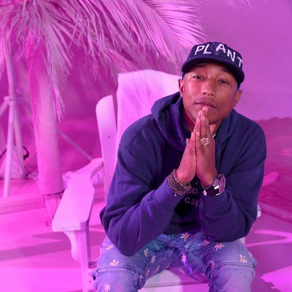 Adidas Originals = Pharrell Williams Pink Beach Collection - Los Angeles - 13 mai 2016