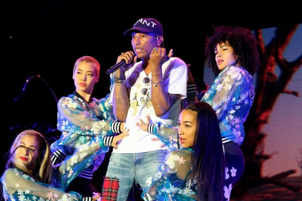 Pharrell - BIG Festival - Biarritz, France - 16 juillet 2016