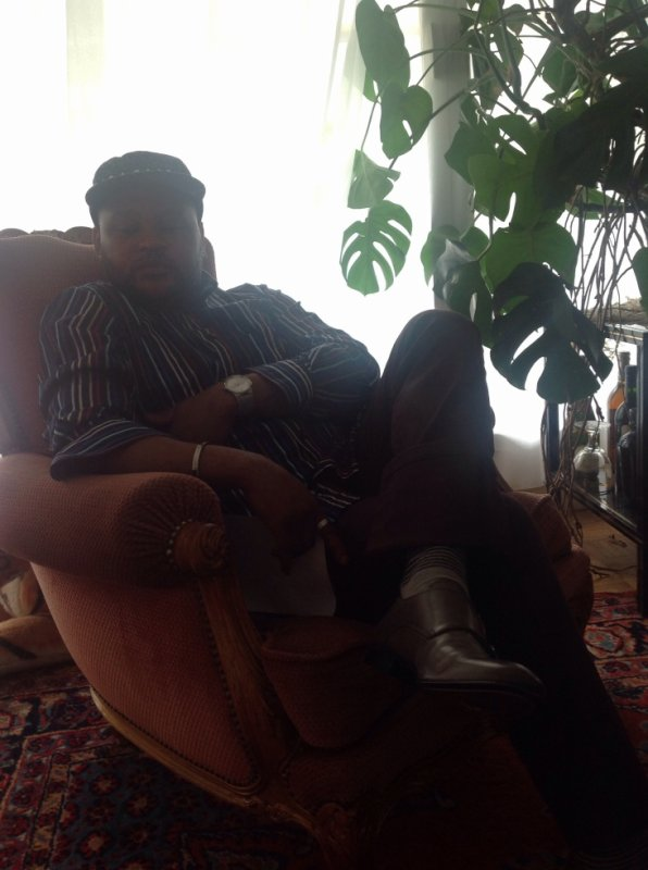 Hugues soki patron ya Black house nde nga wana