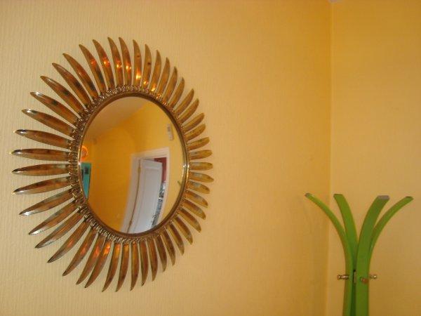 Miroir soleil 39 60 70 space age design oeil de for Miroir oeil de sorciere