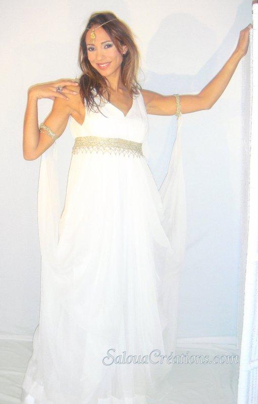 robe romaine en mousseline soie creation et location de robes de mariee robes. Black Bedroom Furniture Sets. Home Design Ideas