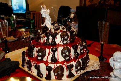 Un gâteau de mariage gothique - mariage gothique,goth,