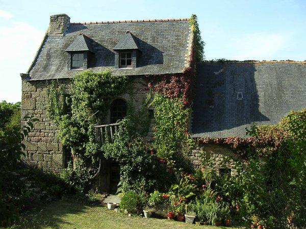 La vieille maison abandonn e alphonse lamartine ma vie en rose et noir - Maison abandonnee en france ...