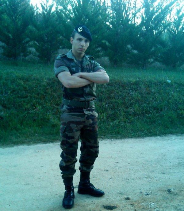 militaire du rang le bonheur je le connais pas coeur