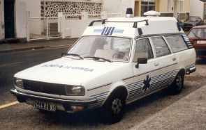 Des Renault anciennes pas comme les autres...