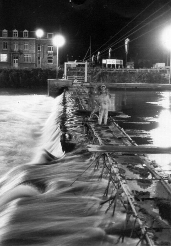 Namur (La Plante) - Ancien barrage à aiguilles à Namur entre rives jamboise et plantoise.