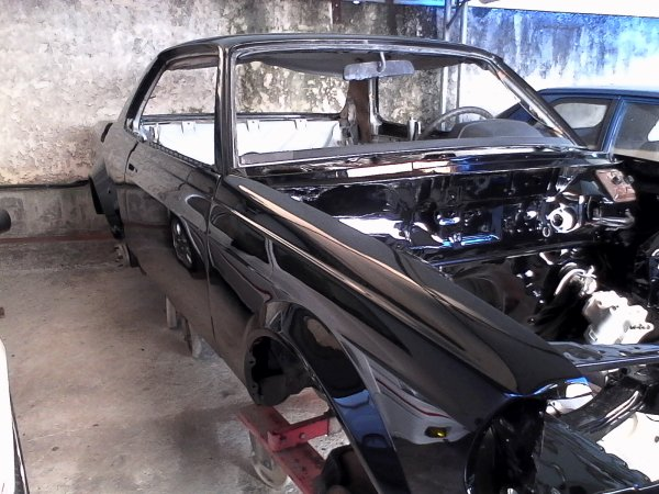 Coup� Mercedes en restauration