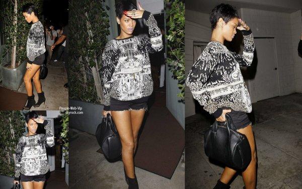 Rihanna aperçu au restaurant Giorgio Baldi  (mardi (Septembre 11) à Santa Monica, Californie)