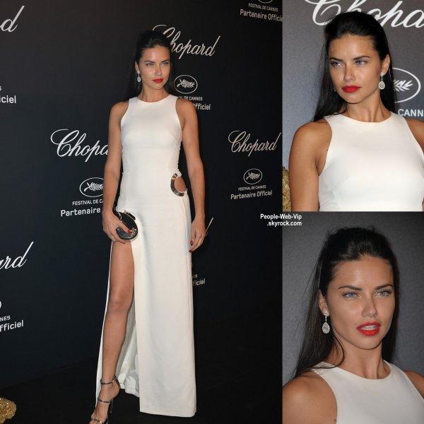 "Irina Shayk a �t� aper�ue avec Adriana Lima lors de la soir�e ""Chopard Gold Party"" pendant le Festival de Cannes 2015  (lundi (18 mai) � Cannes, France.)"