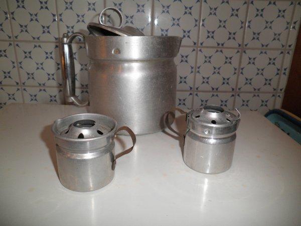Ustensiles de cuisine en aluminium pour poup es blog de for Pot pour ustensile de cuisine