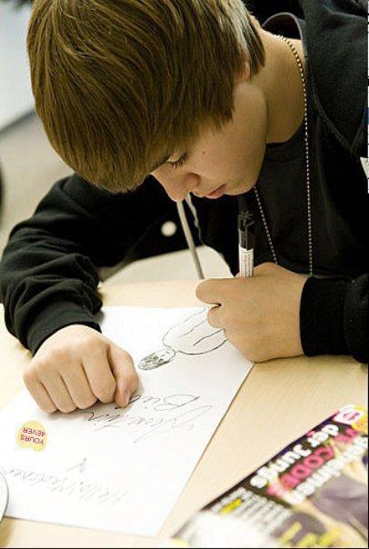 Justin-Fic-Bieber � Hors Sujet ^^ :D