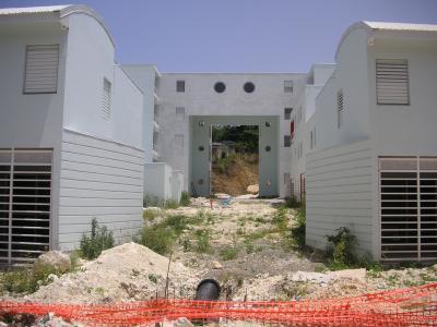 CONSTRUCTIONS                                           HLM                                                    à                                               PROXIMITéS