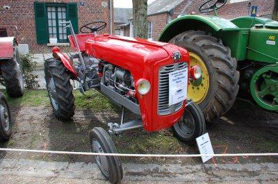 rassemblement de tracteurs anciens gournay en bray le 23 mars 2013 autos anciennes par mikeoise. Black Bedroom Furniture Sets. Home Design Ideas