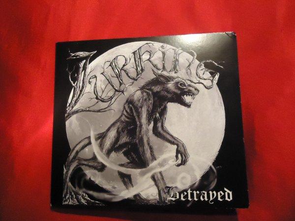 Grande Nouvelle pour mon groupe Lurking ... !!!!!