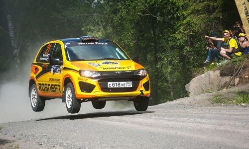 "Rallye ""Belye Nochi 2016"" (2) : abandon et victoire pour LADA Sport Rosneft !!!"