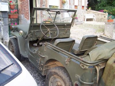 blog de winter101ab restauration de ma jeep willys hotchkiss m201. Black Bedroom Furniture Sets. Home Design Ideas