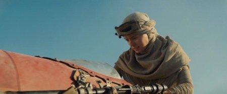 Star Wars VII : Le réveil de la Force, ou comment J.J. Abrams et Disney essayent de désamorcer l'attente