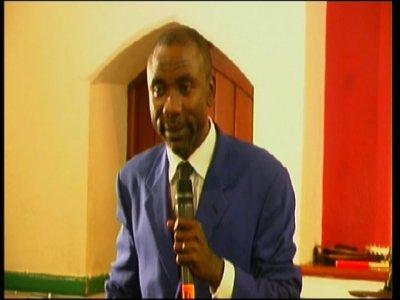 Pasteur Jean-Pierre Akemba Theme : VA APPELE TON MARI