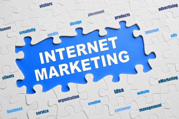 4 Reasons for Choosing Internet Marketing Over Other Tools