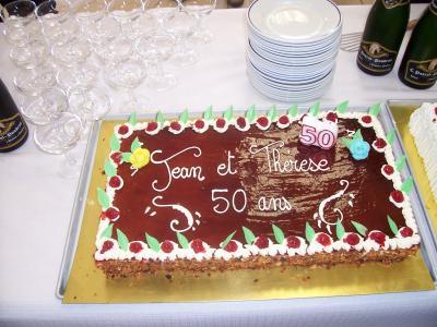 25 ao t 2005 le g teau des noces d 39 or de jean et th r se - Decoration noce d or ...