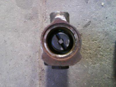 R�partiteur de pression d'huile de freins