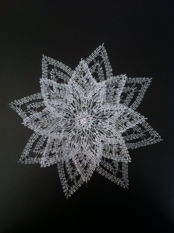 MARIE JOSE M. belle étoile, 3 couches en fil argent offre ce très beau rendu