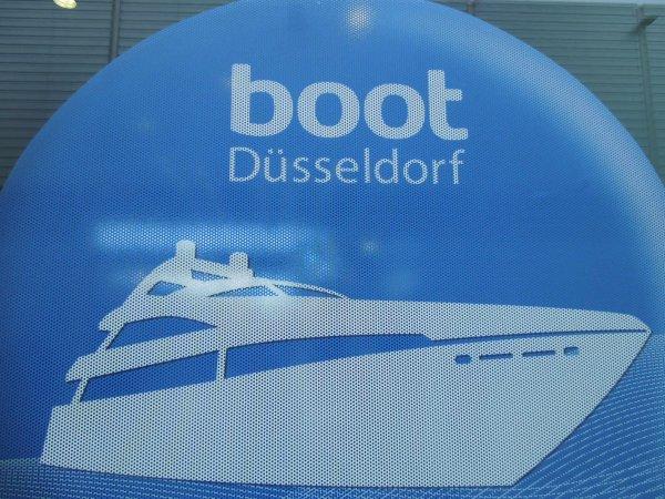 Boot dusseldorf le plus grand salon nautique d 39 europe l 39 association de tourisme fluvial rhin - Salon nautique dusseldorf ...