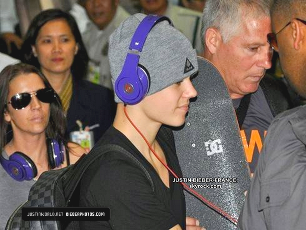 .  10.05 - Arrivé à Manille, dans les Philippines. .