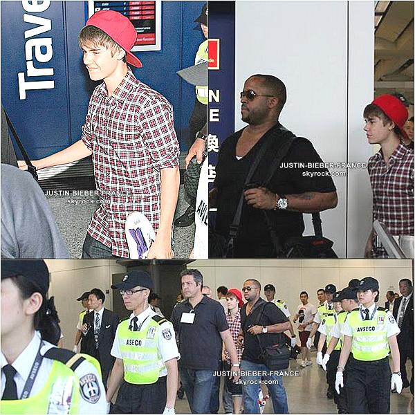 .  Justin quitte Hong Kong et se rend à Taiwan.  .