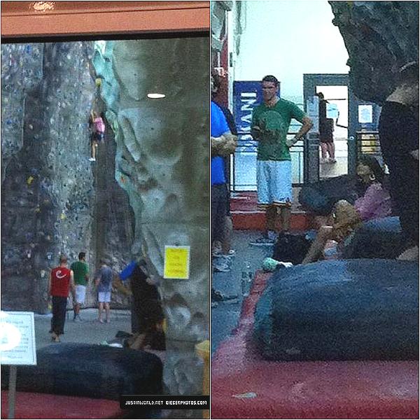 .  Jelena à New York + Justin à Las Vegas avec son père. .