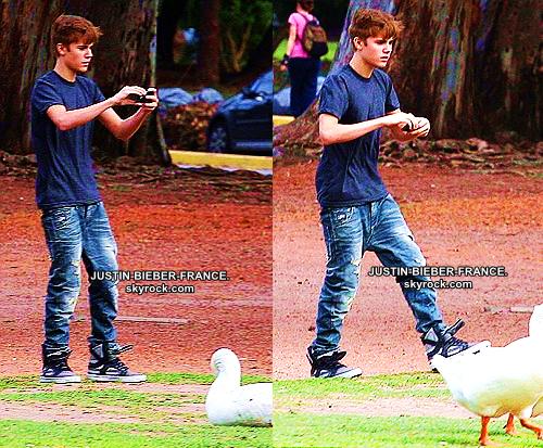 .  14.10. Justin en Argentine + Someday + Mistletoe.  .